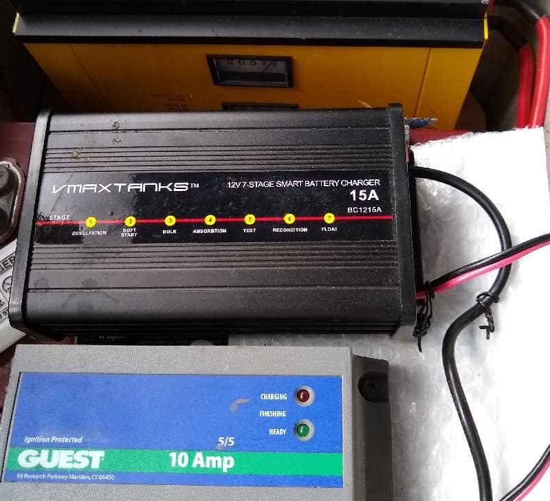 Review Of The Best 4 Bank Onboard Battery Chargers