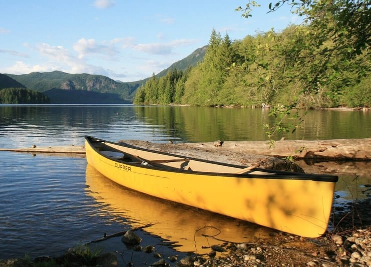 How to put a trolling motor on a canoe