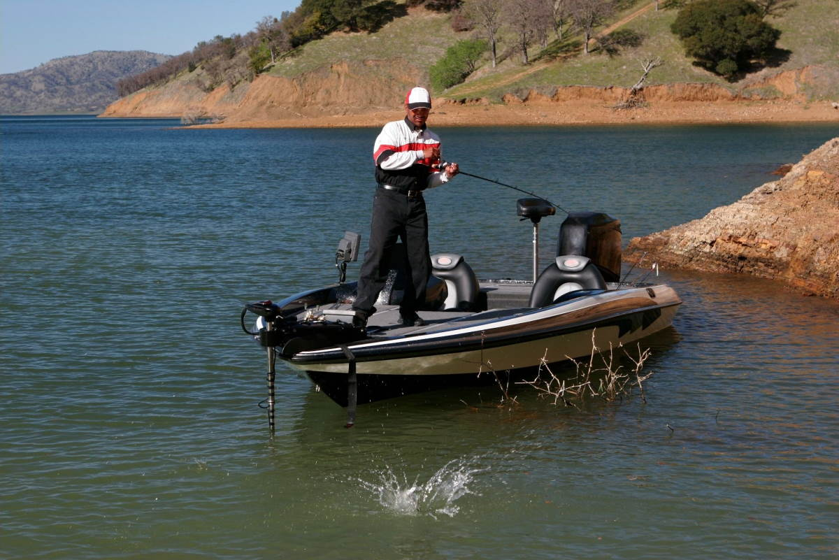 How to Choose the Best Recessed Trolling Motor Tray